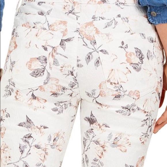 Charter Club Denim - Charter Club printed Jacquard Bristol skinny Jeans